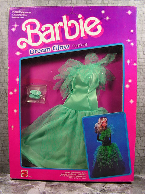 1985 Barbie Dream Glow Fashions 2190 (1)