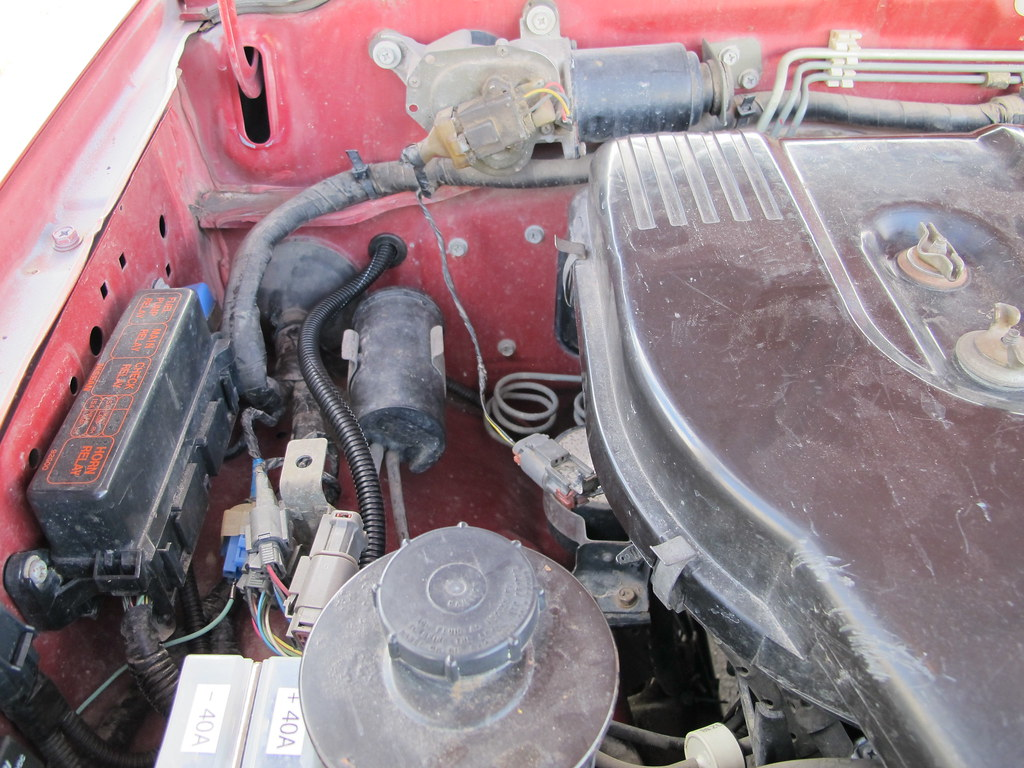 Nissan 12V power