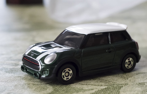 TOMICA MINI JOHN COOPER WORKS_01
