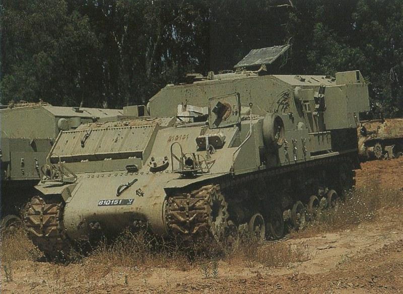 Sherman-medevac-HVSS-scrapyard-wm4-1