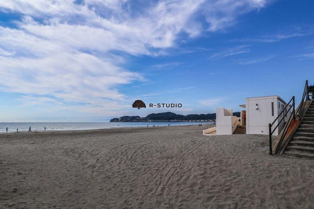 海岸の写真:材木座海岸まで約850m