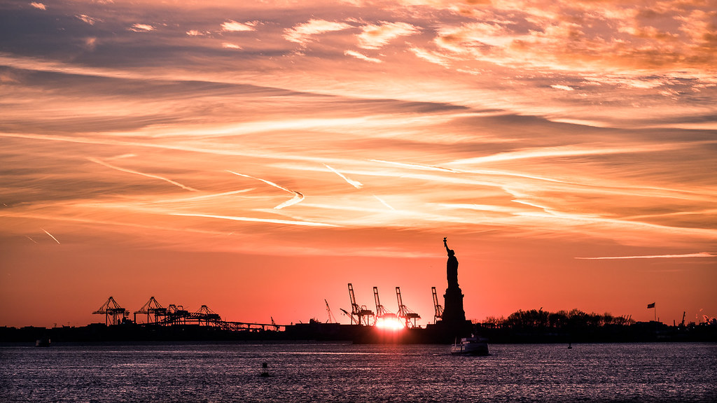 The Statue of Liberty at sunset, New York picture