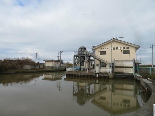 金沢競馬場の裏の八田浄水場