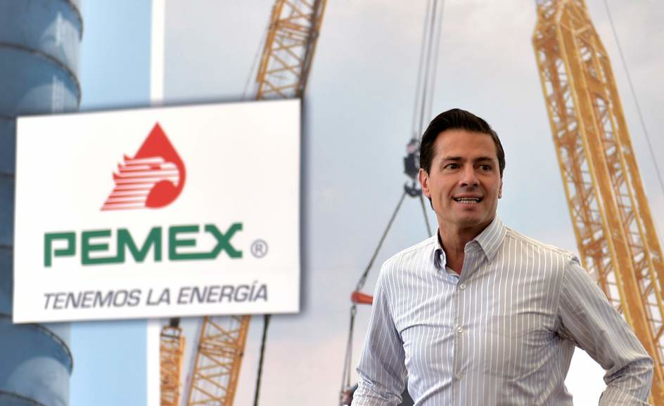 PÁG. 2 (1). Luego de la reforma energética que dio pie a la intervención de empresas privadas en PEMEX, el gobierno de Peña Nieto ha anunciado el descubrimiento de dos grandes yacim