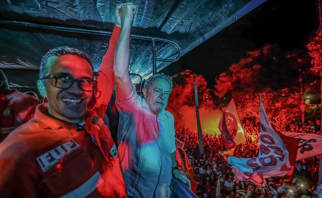 Petróleo: crise em Campos dos Goytacazes marca chegada da caravana de Lula no RJ