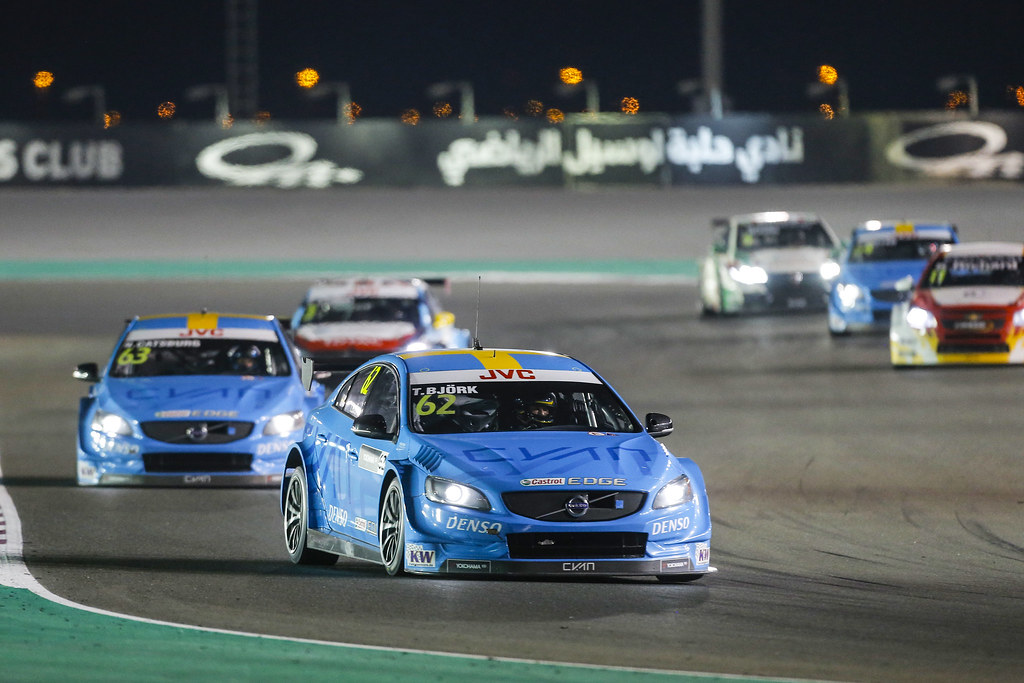 62 BJORK Thed, (swe), Volvo S60 Polestar team Polestar Cyan Racing, action during the 2017 FIA WTCC World Touring Car Championship race at Losail  from November 29 to december 01, Qatar - Photo Francois Flamand / DPPI