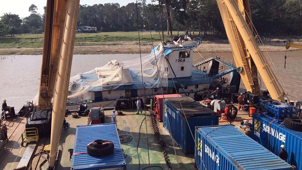 Vítimas do naufrágio da Bertolini serão enterradas em 4 estados diferentes, Resgate de corpos - Bertolini