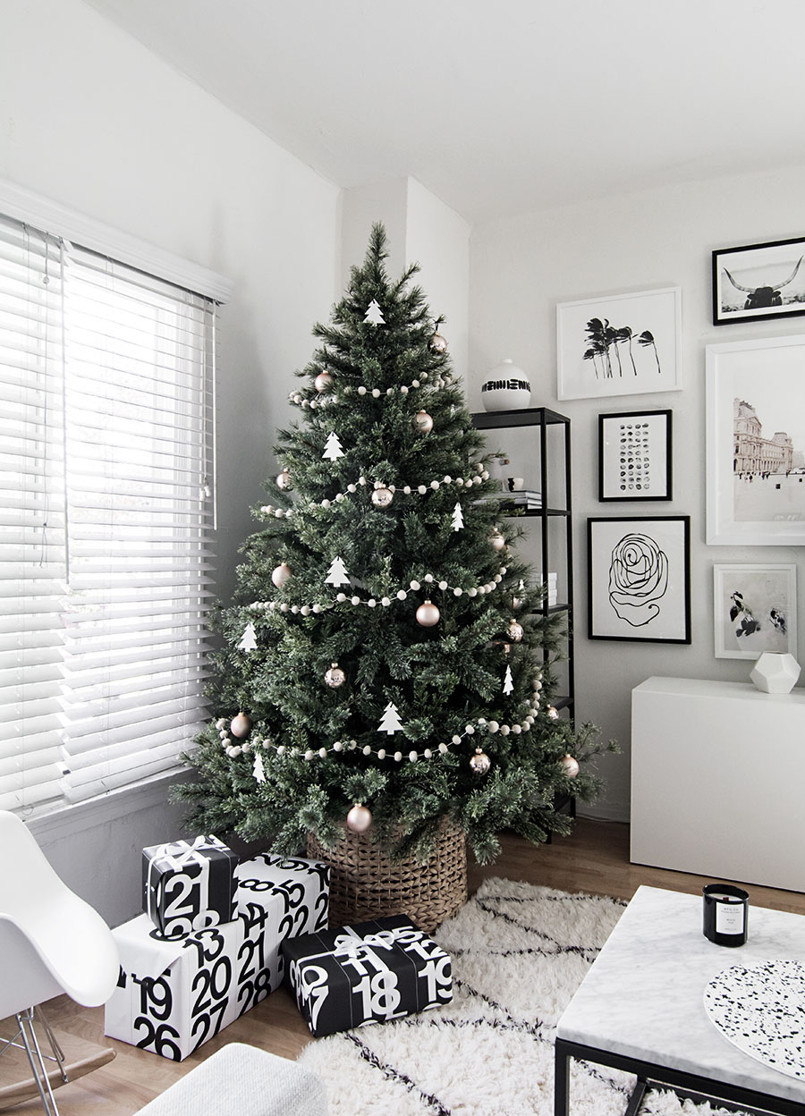 Minimal Scandinavian Christmas Tree Decorations Decor