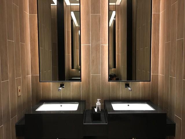 一樓公用的洗手間@宜蘭礁溪寒沐酒店