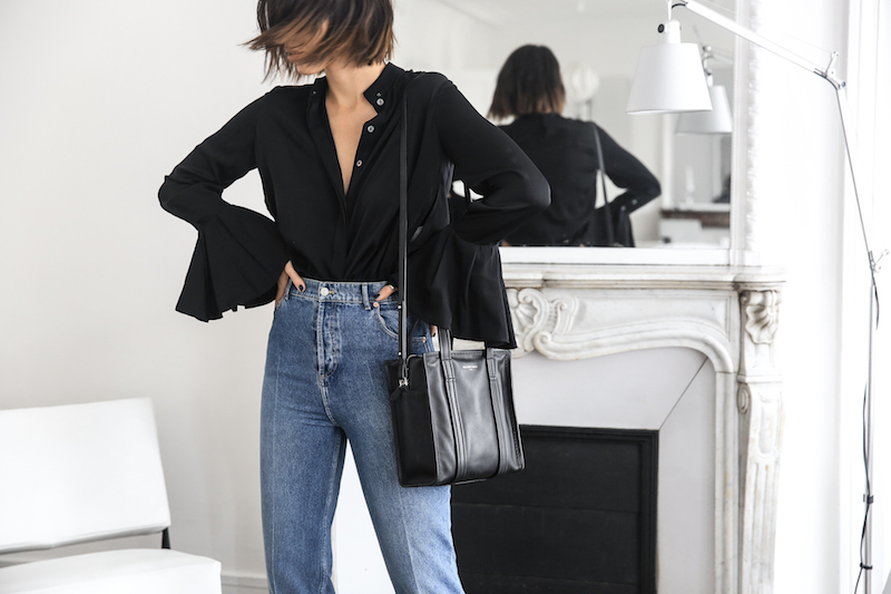 balenciaga stirrup high waist mom jeans xs bazar tote bag ellery shirt paris apartment minimal interiors fashion blogger (5 of 7)
