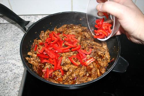 64 - Paprika hinzufügen / Add bell pepper