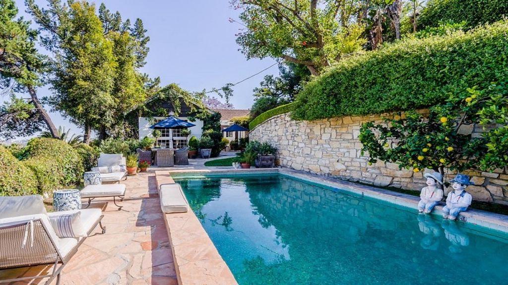 2010 La Brea Terrace,Los Angeles,California 90046,5 Bedrooms Bedrooms,5 BathroomsBathrooms,Apartment,La Brea Terrace,6252
