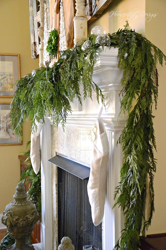 Christmas Mantel-Housepitality Designs-4