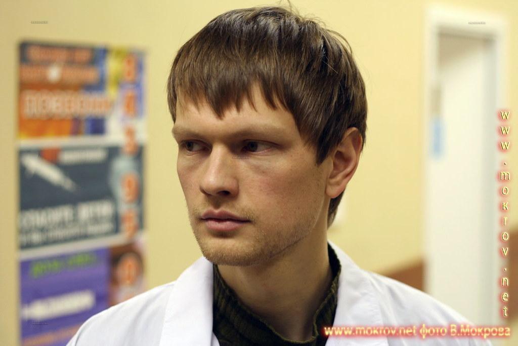 Степан Рожнов - Игорь, аспирант. В телесериале «Страна 03».