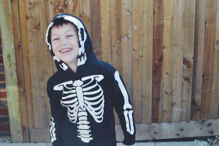 Halloween M big smiles