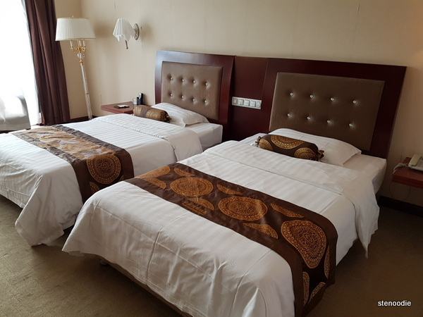 Jingxi International Hotel room