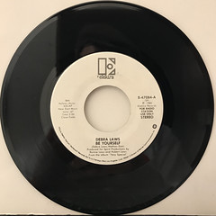 DEBRA LAWS:BE YOURSELF(RECORD SIDE-A)