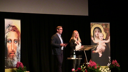 Vassula witnessing in Denmark with Dr. Niels Hvidt interpreting in Danish