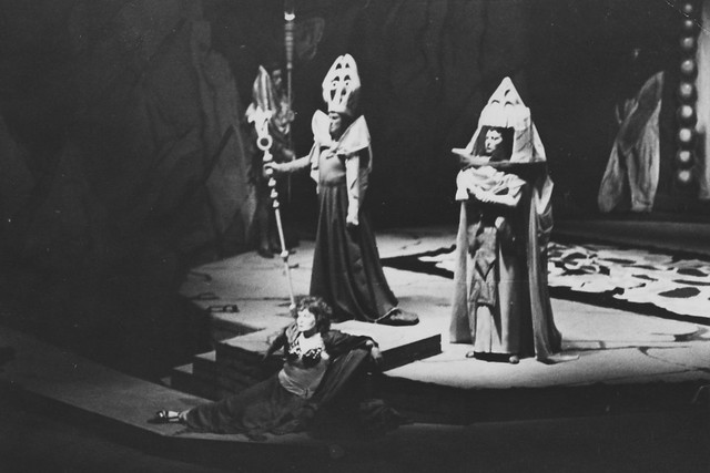 Franz Lechleitner as Herod, Ljuba Welitsch as Salome and Constance Shacklock as Herodias in the Covent Garden Opera Company production of Salome (1949) © Royal Opera House/Roger Wood