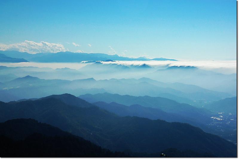 白毛山稜線展望點南向展望 3