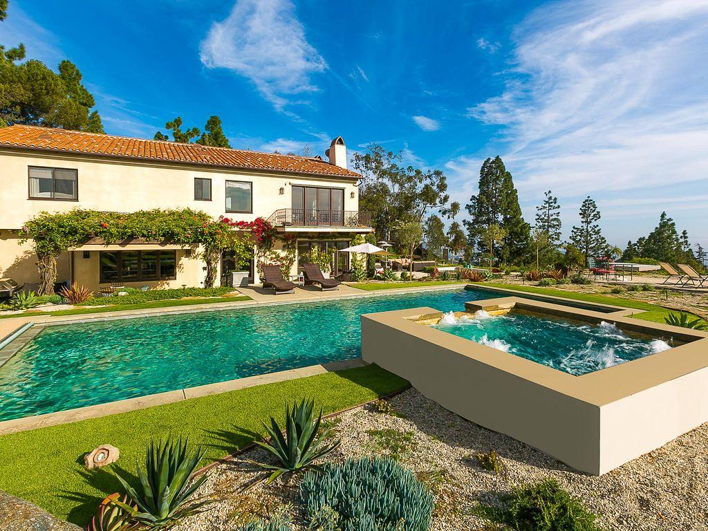705 N Linden Dr,Beverly Hills,California 90210,5 Bedrooms Bedrooms,5 BathroomsBathrooms,Apartment,N Linden Dr,6586
