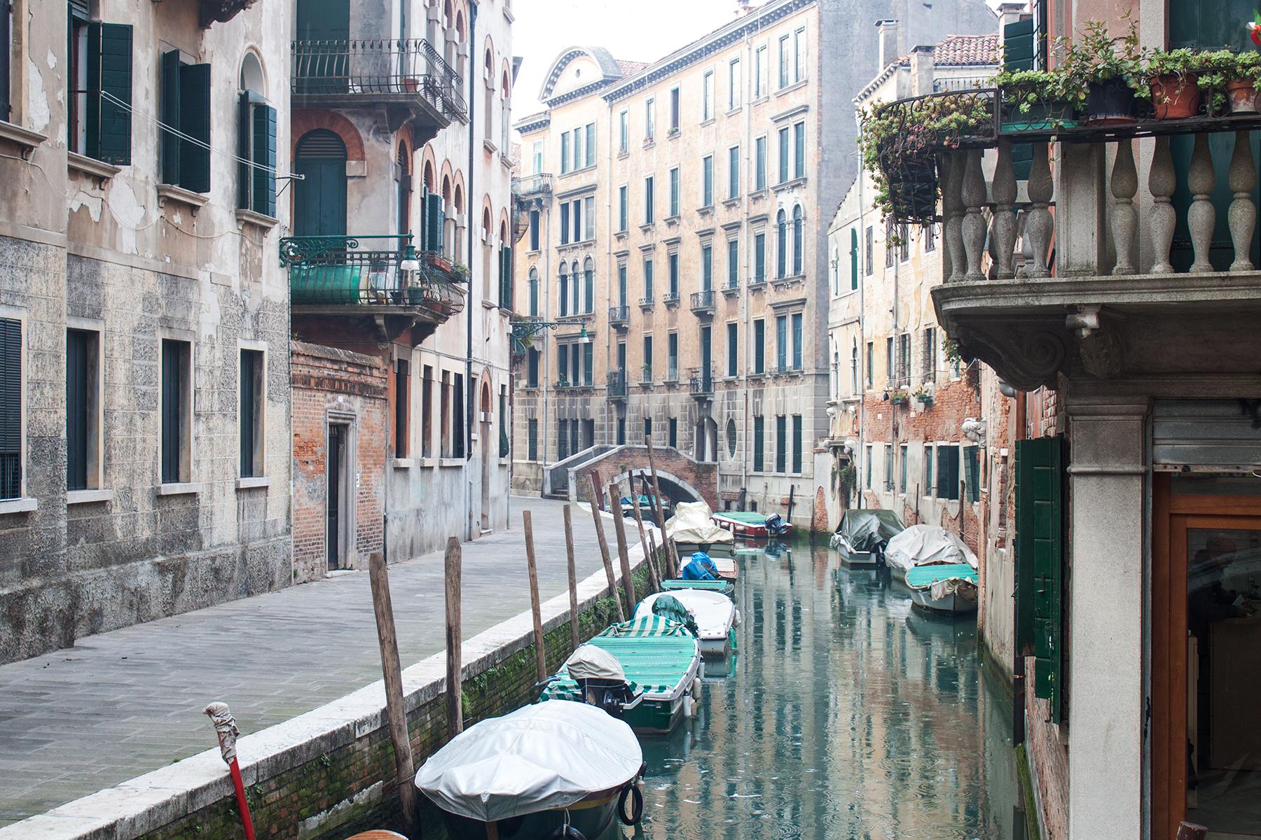 Streets of Venice, Quiet Street | lifeofkitty.co.uk