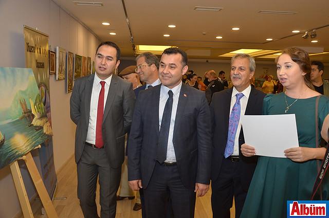 Alanya Cumhuriyet Başsavcısı Yasin Emre, AHEP Rektörü Prof. Dr. Mehmet Durdu, Başkan Adem Murat Yücel, Abdullah Karaoğlu, Ekaterina Gündüz