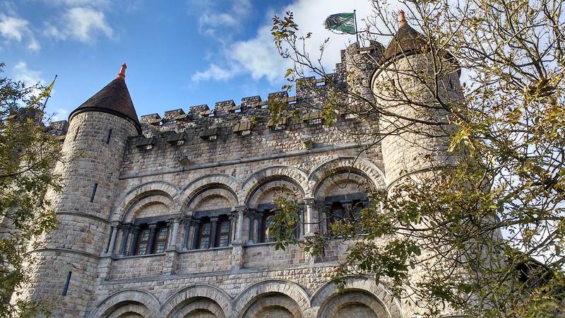 Gravensteen - Castillo de los Condes de Flandes gravensteen- el castillo de los condes de flandes - 37848817624 6aca157062 c - Gravensteen- el Castillo de los Condes de Flandes