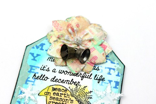 Meihsia Liu Simply Paper Crafts Quick and Easy Christmas Gift Tag Simon Says Stamp Paper Artsy Prima Flower Tim Holtz 2