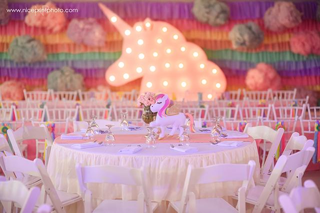 unicorn theme party table setup (2)