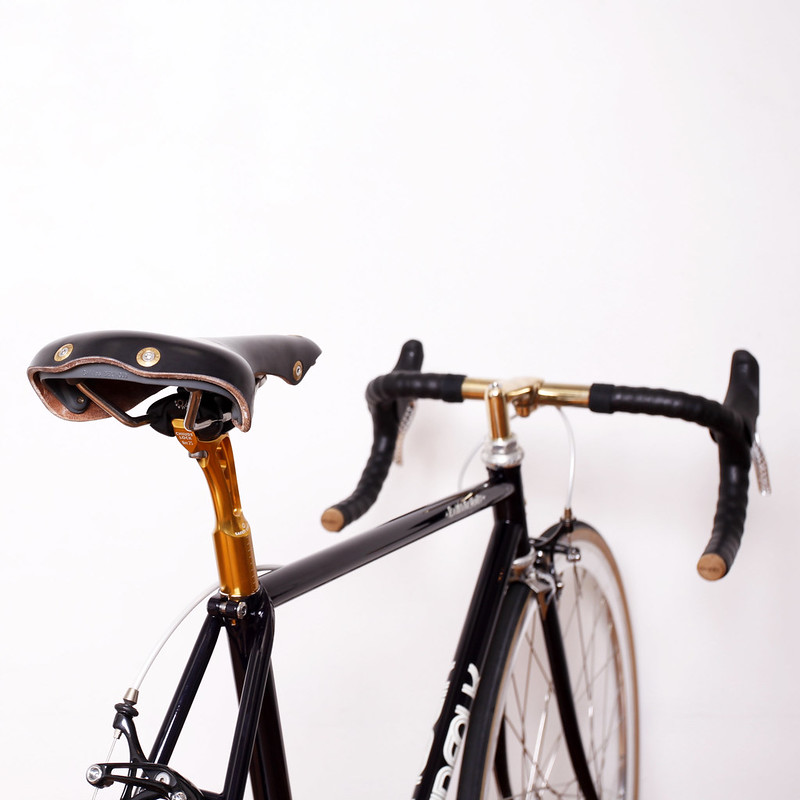 KINFOLK Custom made bike.