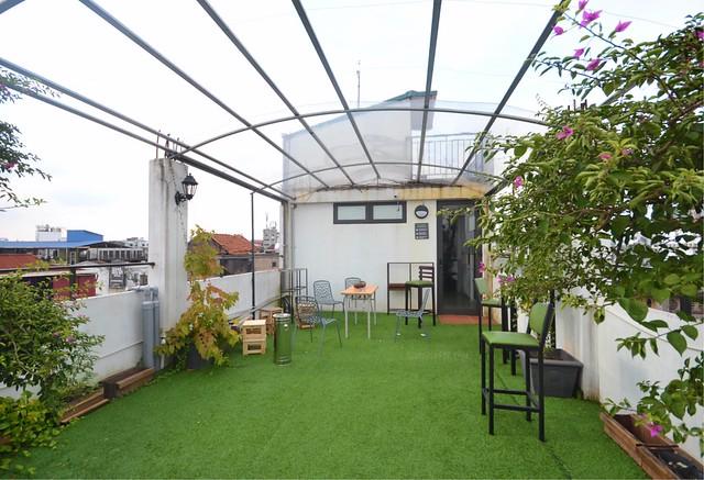 cocoon inn hanoi rooftop garden