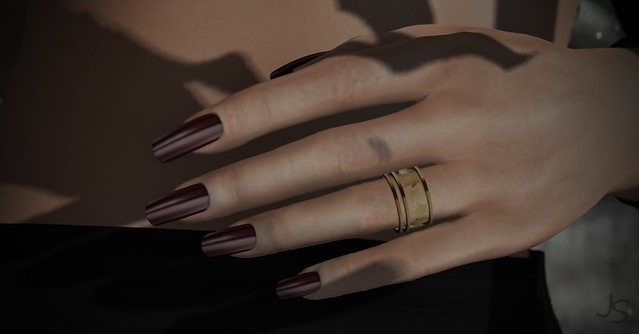 Maple Ring and Fall Nails