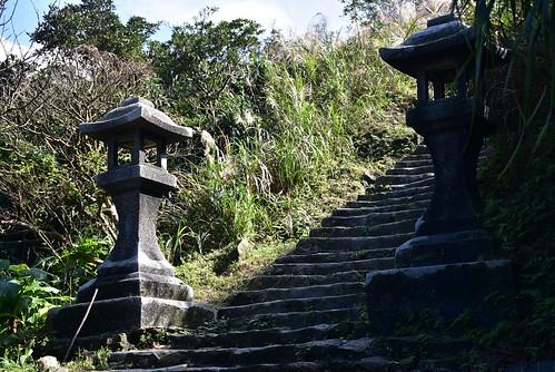 黃金神社-石燈籠