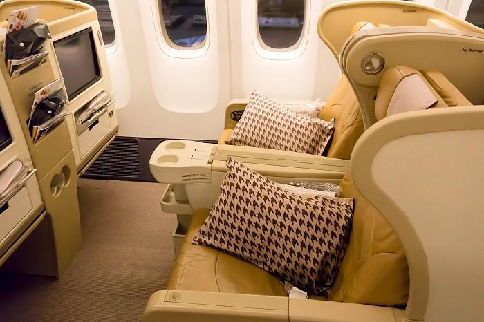 171201 シンガポール航空B777-300ビジネスクラス1