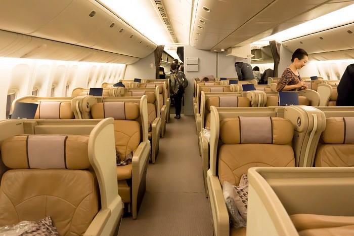 171201 シンガポール航空B777-300ビジネスクラス3