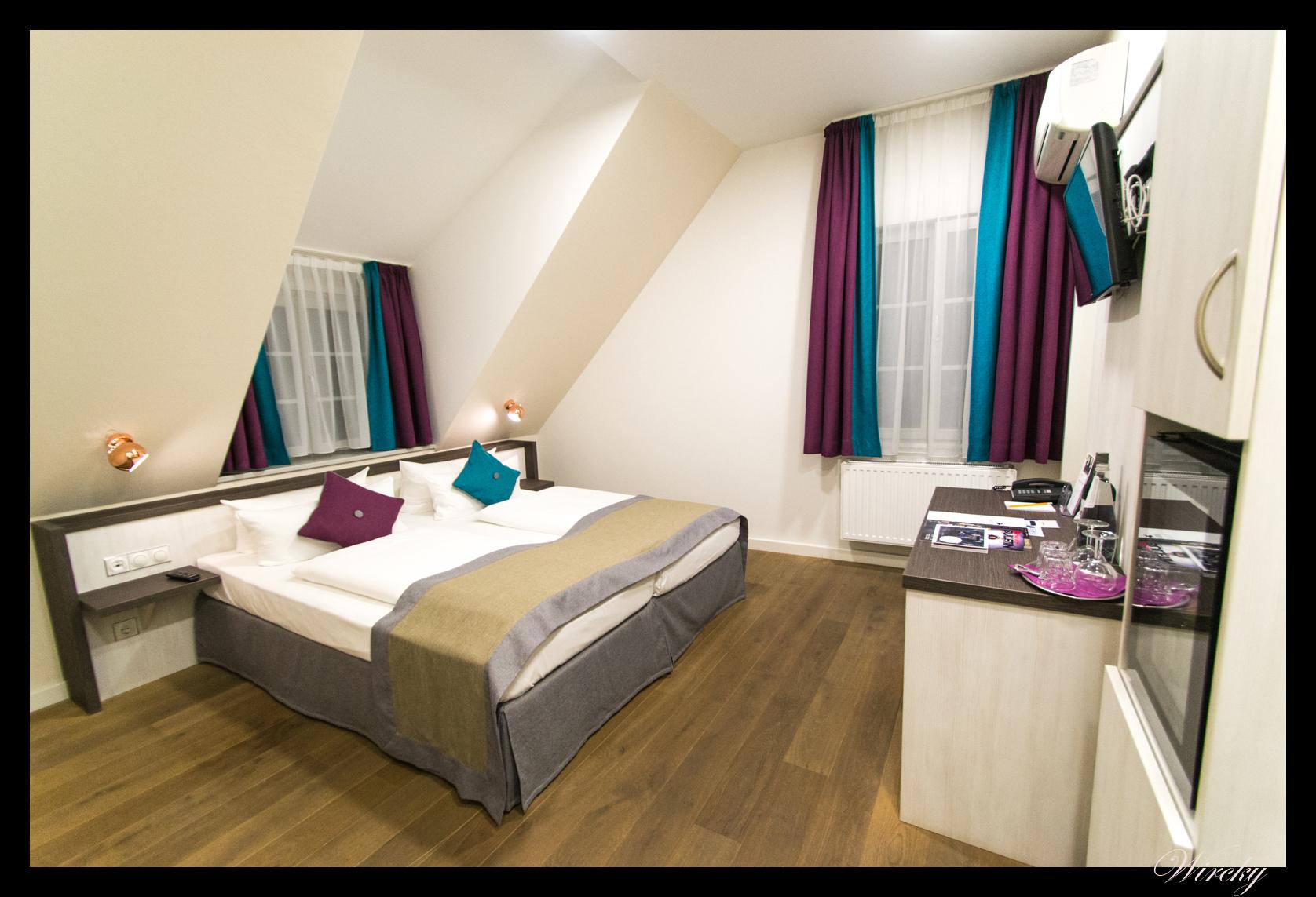 hotel elch boutique el hotel m s antiguo de nuremberg los viajes de wircky. Black Bedroom Furniture Sets. Home Design Ideas