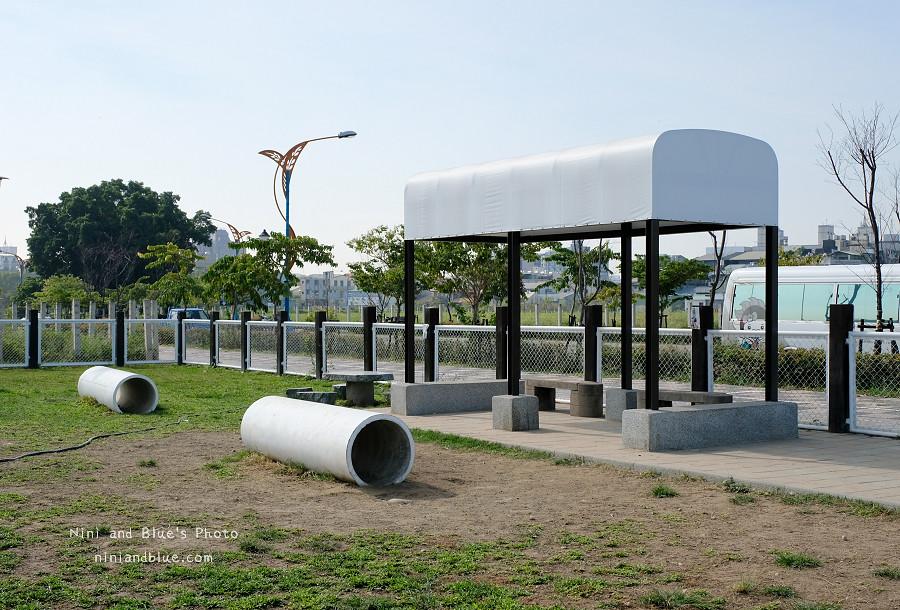台中寵物公園~泉源公園06