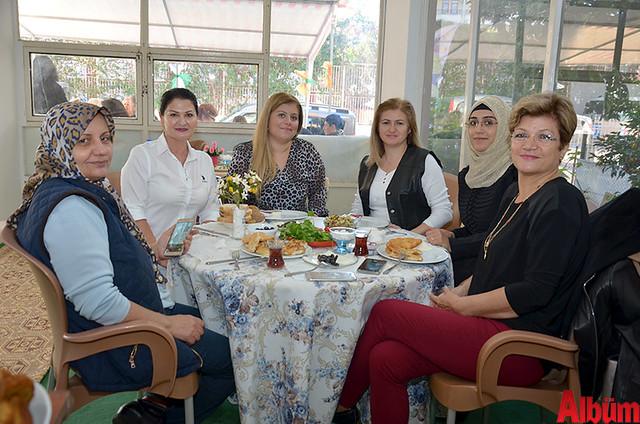 Zarife Tekin, Hülya Şen, Cemile Varoğlu, Filiz Şahin, Şefika Yıldız