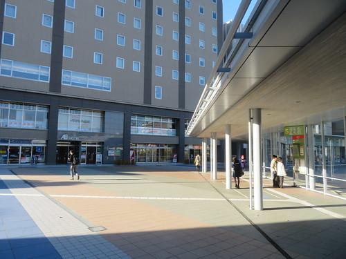 金沢駅西のバスターミナル