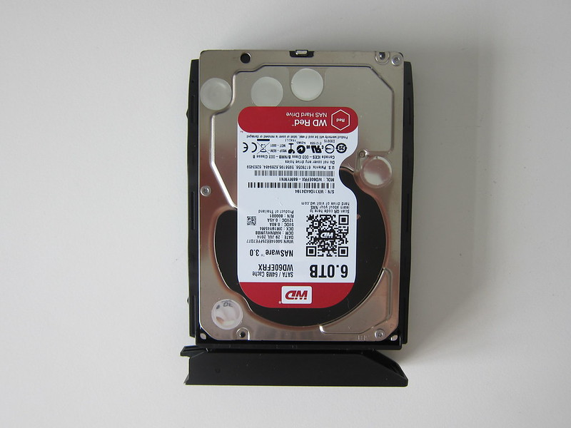 DS418play - Drive Tray With WD Red