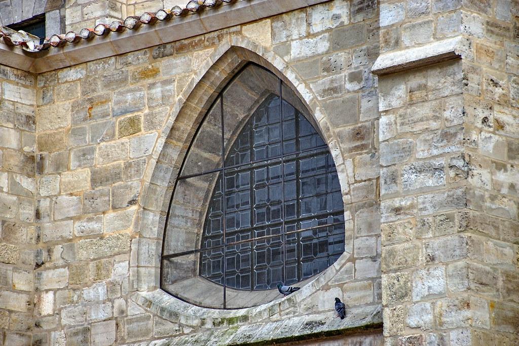 Burgos castilla y le n espa a tripcarta for Piscinas el plantio burgos