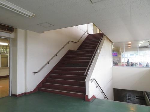金沢競馬場の階段