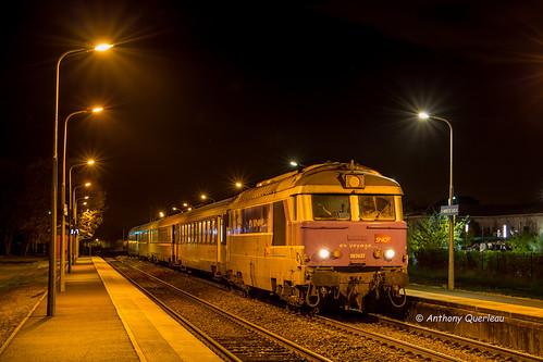 12 novembre 2017 BB 67437 Train 13898 Bordeaux -> La Rochelle St-André-de-Cubzac (33)