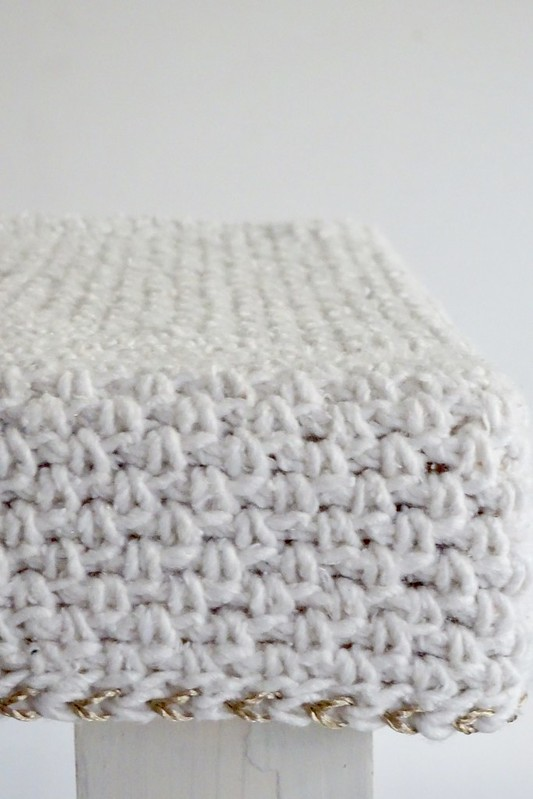 woodwoolstool with a sparkle of gold