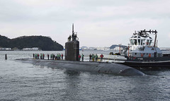 USS Tucson (SSN 770) approaches the pier at Fleet Activities Yokosuka, Dec. 1. (U.S. Navy/MC1 Brian G. Reynolds)