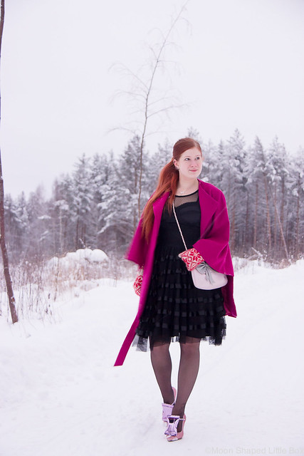 Pukeutuminen talven juhliin asu ideat