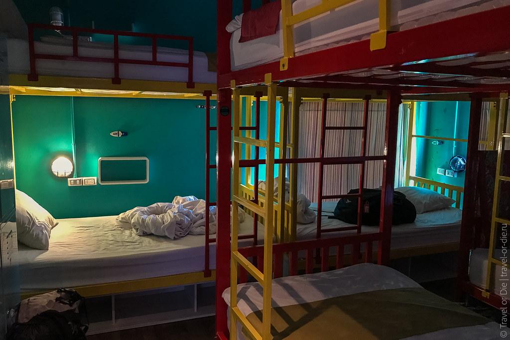 28.10-Fin-Hostel-Phuket-2597
