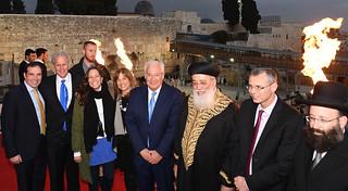 Ambassador Friedman Lights Hanukkah Candles at the W. Wall