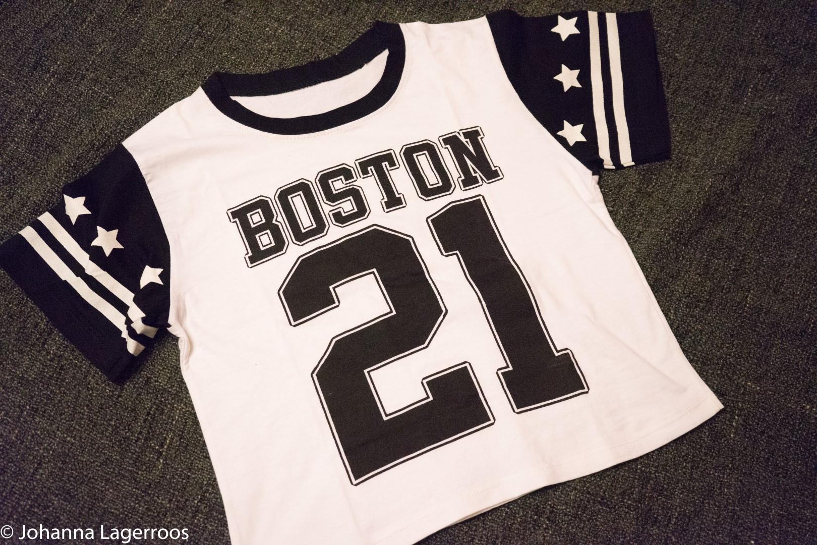boston print tee